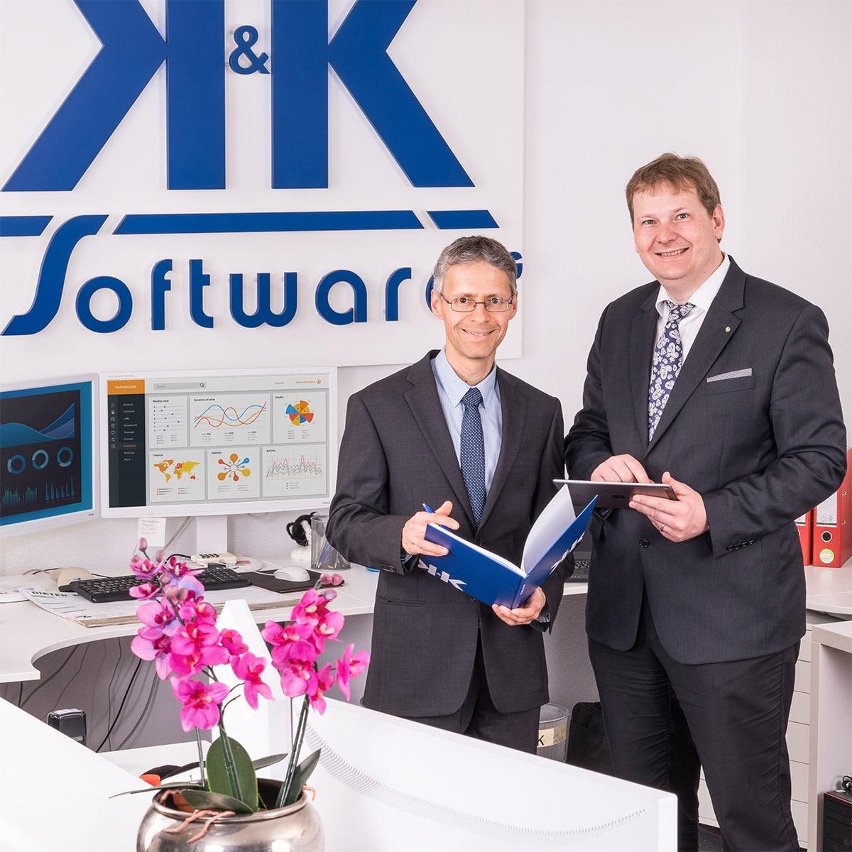 Das Foto zeigt die Vorstände und Gründer der K&K Software AG Arnulf Koch und Armin Krauß